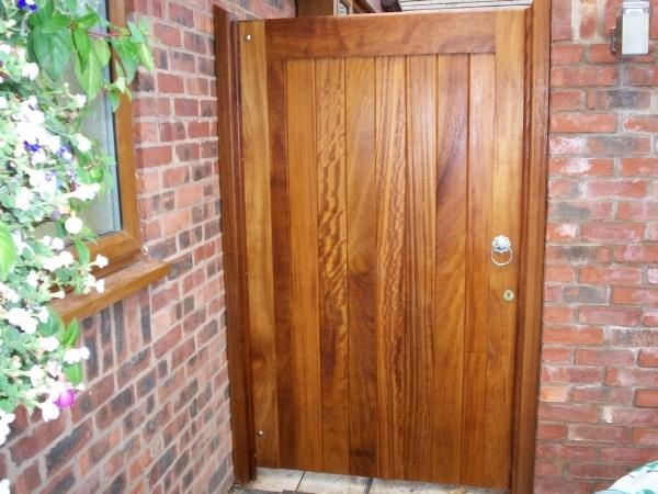 Fully boarded gates hardwood gates wooden gates bespoke for Single wooden driveway gates